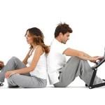 Нужен ли переносной столик для ноутбука современному человеку?