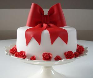 Праздничный-торт-на-заказ