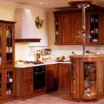 Кухня с барной стойкой — оригинальное решение