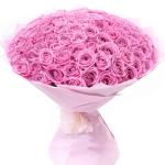 Заказ цветов с доставкой: основные достоинства услуги