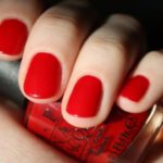 Красный маникюр: модные оттенки и идеи
