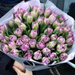 Пионовидные тюльпаны – отличные цветы для подарка любимым!
